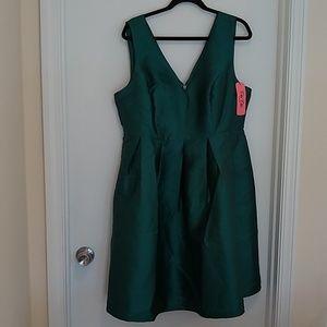 Chi Chi London emerald green formal dress